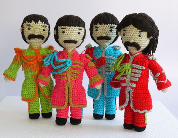 The Beatles. Sgt. Pepper's Lonely Hearts Club Band on Behance