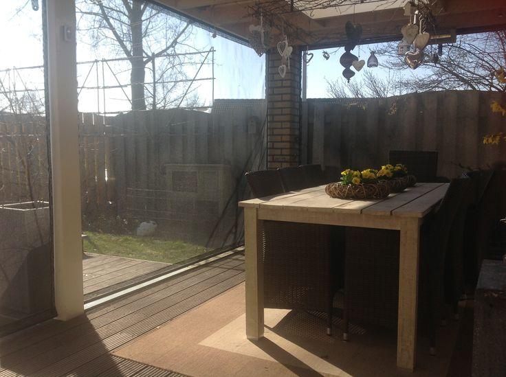 25 beste idee n over buiten zitten op pinterest bankjes zitplaatsen inde tuin en openluchtbanken - Terras beschut ...