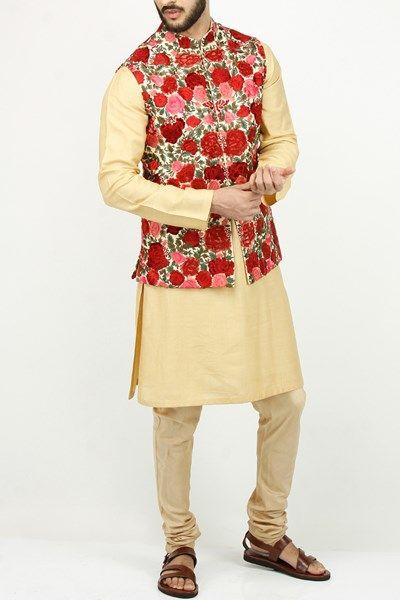 Multicoloured floral bandi with kurta set.  #carma #carmaindia #carmafashion #designers #varunbahl #couture #luxury #fashiondaily #instafollow #instadaily #onlineshopping #mensfashion #gentlemensclub #luxuryfashion #jacket #waistcoat #bandhgalas #kurtas #getitnow #boyswillbeboys #elegant #indianfashion #groom #ethnic #bandijacket #ethnicjacketformen #ethnicwearformen #indianclothesonlineformen #onlineshoppingformen #floral #white #multicoloured #silkjacket #silk #kurtaset