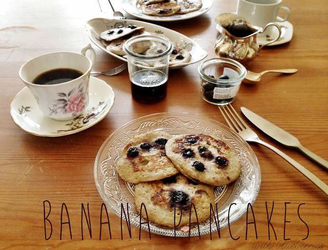 Blueberry banana pancakes with two ingredients (bananenpancakes) | Yellow lemon treeYellow lemon tree