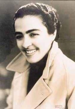Soteria Bellou - rembetika singer - Greece
