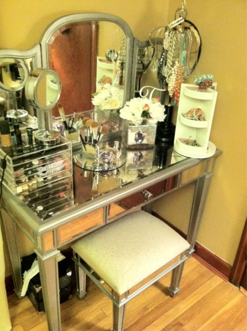 43 best images about mirrored furniture on pinterest for Cute makeup vanity