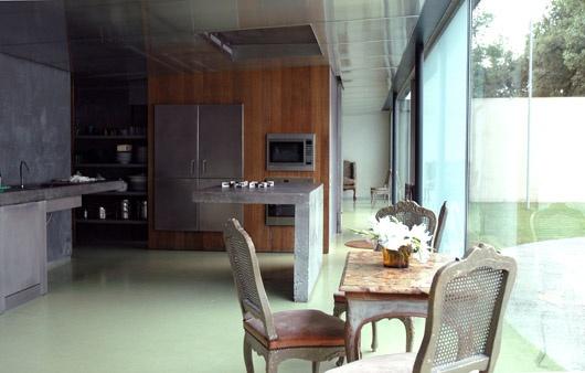 House in bordeaux oma maarten van severen for Avant garde interiors
