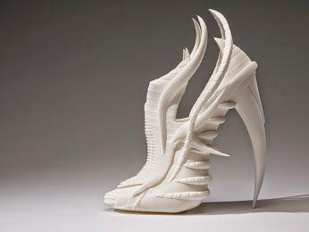 Potere alle donne scarpe create con #stampante #3D