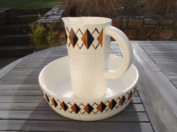 25 best ideas about cuvette de toilette on pinterest. Black Bedroom Furniture Sets. Home Design Ideas