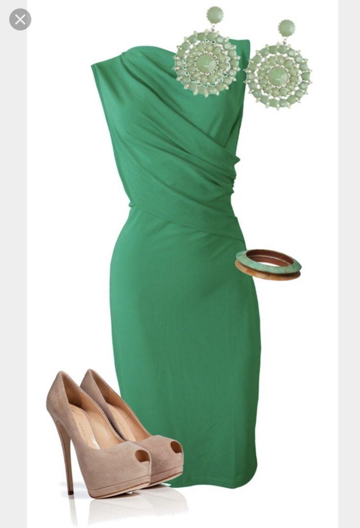 Color complementario del verde oscuro dress