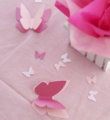 Giardino delle farfalle, il nostro meraviglioso centrotavola farfalla & pacchetto personalizzato decorazioni della tabella, verrà impostato il vostro tavolo perfettamente per una farfalla Baby Shower o festa di compleanno di farfalla. Centrotavola viene fornito con staccionata centrotavola Base & Flying Butterfly Bouquet di palloncini (con 3 palloncini con nostro farfalle che volano sui nastri palloncino). Per la tabella, 3 grandi doppie farfalle & 40 pezzi di coriandoli 1 farfall...