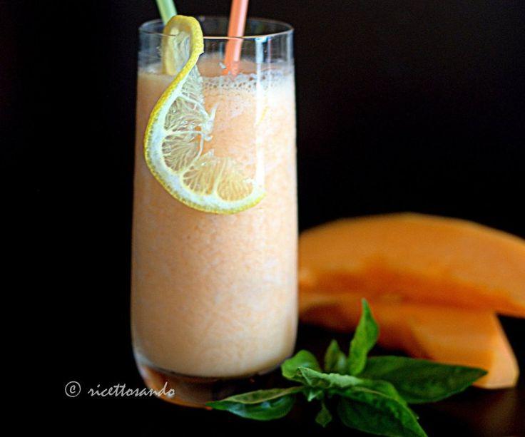 Smoothie di melone e yogurt #ricetta di @luisellablog
