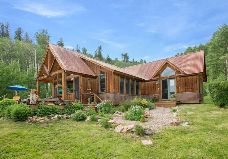 2392 best images about cabins and cottages on pinterest for Http zillow com home details
