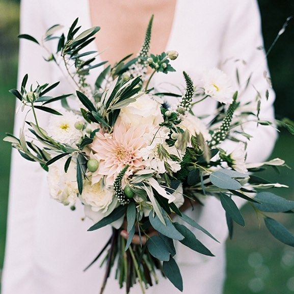 Floral inspiration by That flower shop by hattie Fox and  Victoria Phipps…