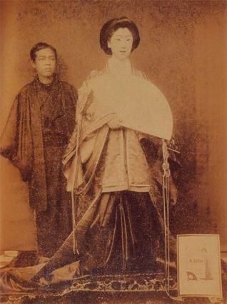 1900年(明治33年)頃の撮影とされる女形(おやま)の古写真 /  Old photographs of (Oyama) female impersonator that are taken around 1900 (1900)