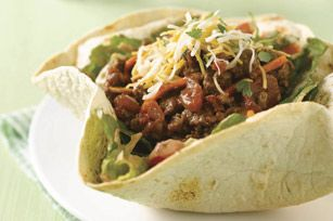 Taco Salad Bowl recipe - I love the directions for the bowl part, so simple. No idea about the rest of the recipe :P
