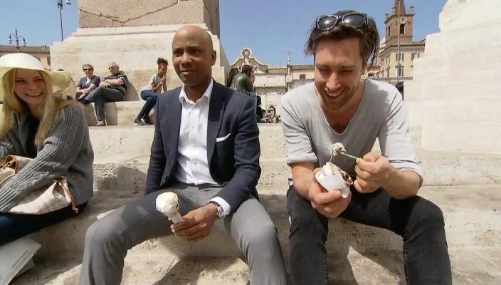 De hele week Kensington bij RTL Late Night! De band nam hun nieuwste album 'Control' op in Rome. Humberto sprak de mannen van Kensington in de studio, het appartement en hun favoriete plekken van de Italiaanse hoofdstad. Drummer Niles Vanderberg at met Humberto een ijsje op Piazza del Popolo.