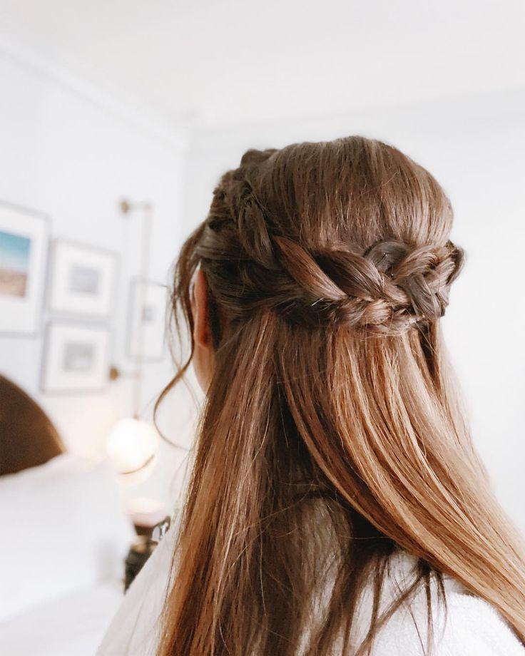 Braided Half Up Easy Updo Straight Hair Straight Wedding Hair Straight Hairstyles Half Up Hair