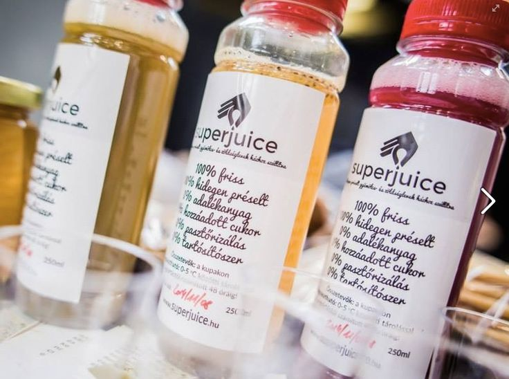 Boost up your vitamine level with these tasty juices made by Superjuice. Each bottle contains 100% vegetable and fruit, no preservatives or any sugar is added. And they are super tasty.
