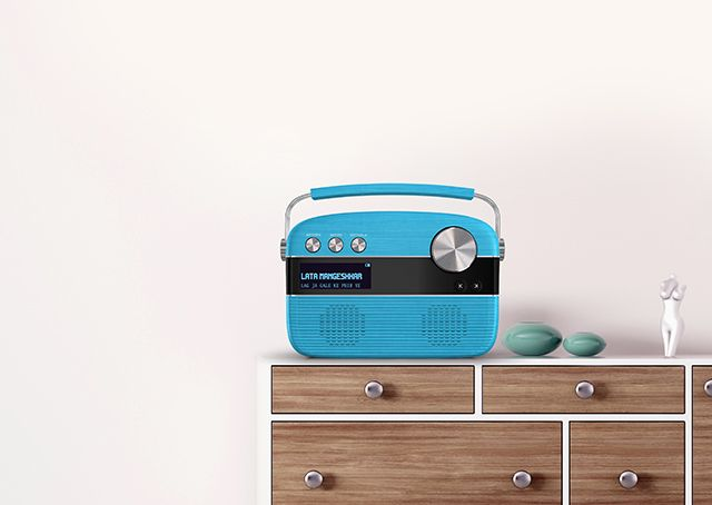 Saregama Carvaan - 5000 evergreen songs from Kishore Kumar, Lata Mangeshkar, Mohammad Rafi, R D Burman and many such legendary artists. It also includes the entire Ameen Sayani's Geetmala countdown show spanning 50 years.