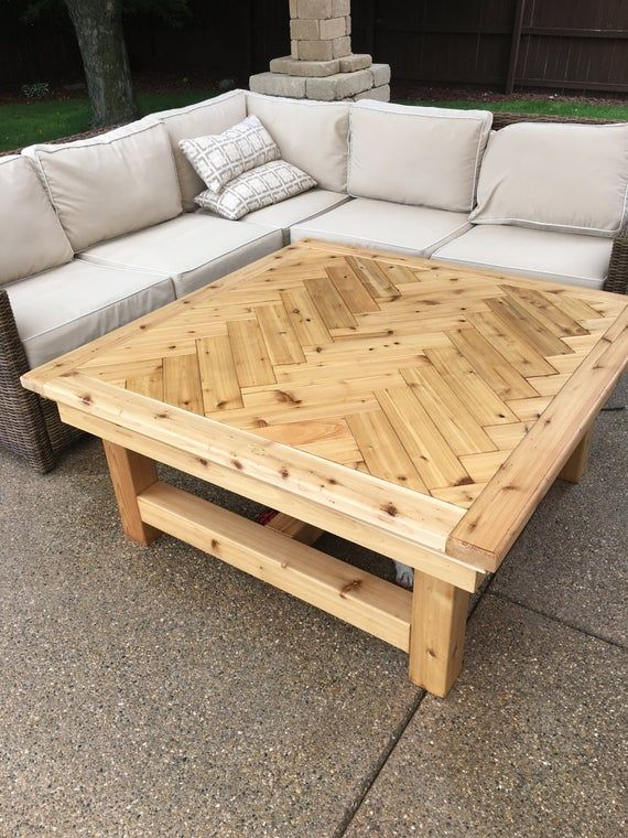 Rustic Cedar Coffee Table Etsy Wooden Pallet Furniture Pallet Projects Furniture Rustic Outdoor Furniture
