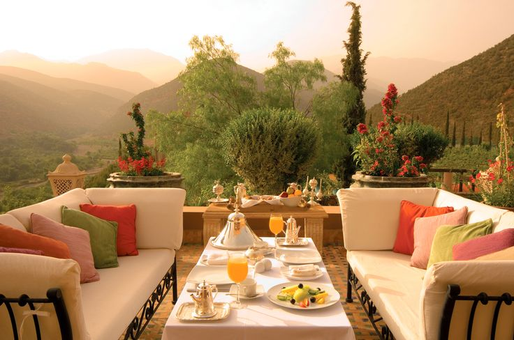 Early #Morning Outdoor #MoroccanBreakfast <3 :)   #Moroccanfood #Peace #Holidays #Travelling #Moroccotravel #Tourist #ViriksonMoroccoHolidays #MoroccoHolidayPackages #UK