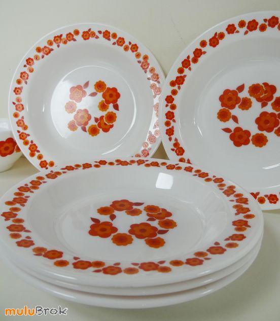Vaisselle Vintage ... Assiettes creuses Arcopal modèle LOTUS ... sur www.mulubrok.fr ...