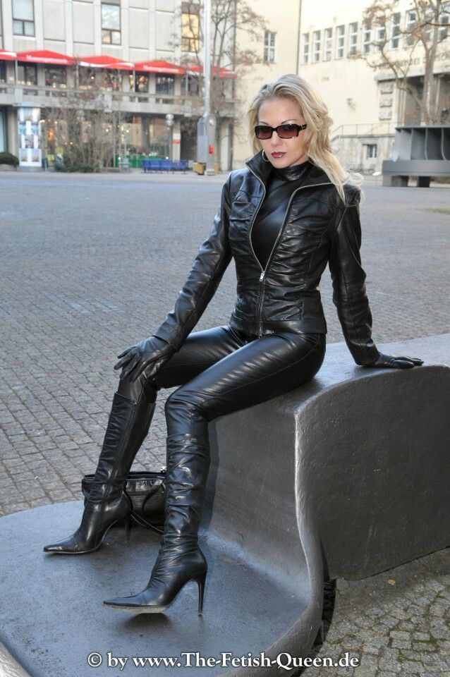Pin By F Scott On Fetish Queen Leather Leather Trousers
