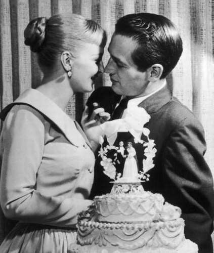 Joanne Woodward & Paul Newman on their wedding day in 1958.