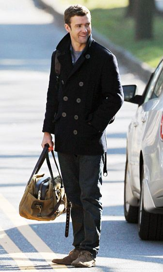 Justin Timberlake carried a stylish bag filming Runner, Runner in Princeton, NJ Dec. 13.
