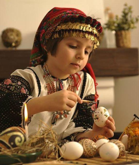 "Ukraine, making ""PYSANKY"" Ukrainian Easter Eggs"