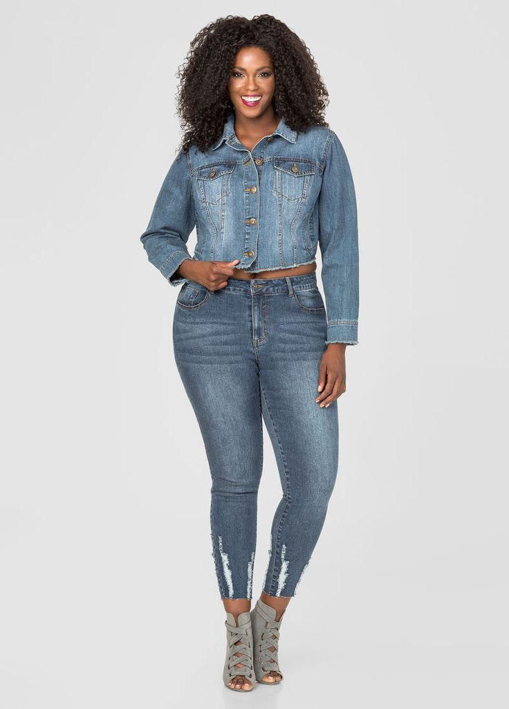 Buckle offers a variety of jeans in all washes, colors, styles and fits - including jeans for curvy women. Brands like BKE and Silver produce quality jeans to help you find your favorite fit. Our curvy women's jeans are a key piece in any wardrobe.