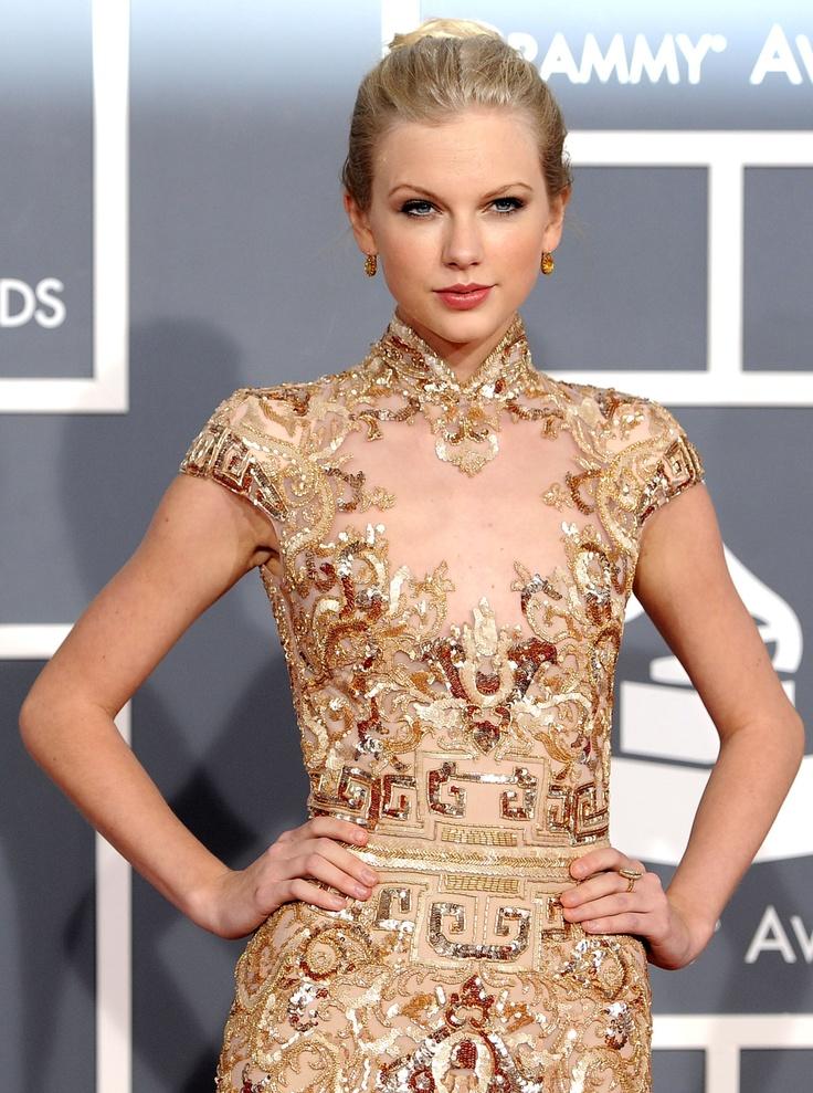 Taylor Swift at 2012 Grammys