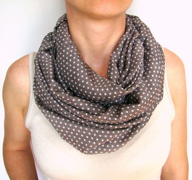 tope drapp szürke pöttyös körsál, sál scarf, looping scarf