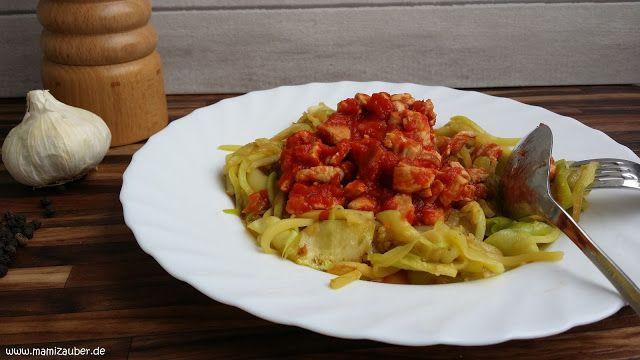 Size Zero Rezepte - Zucchini Nudeln mit Putenfleisch und Tomatensauce