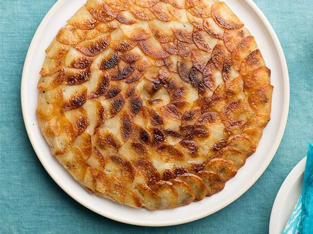 Pommes Anna #UltimateComfortFood: Food Network, Recipe Food, Easy To Follow Pomm, Anna Recipe, Baking Potatoes, Food Potatoes, Pomm Anna, Network Kitchens, Anna Ultimatecomfortfood