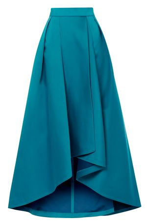 This glamorous catwalk inspired skirt is the ideal choice for this seasons events. The Hi Low Aleciana Full Skirt features exaggerated fullness given by the tulle underlay and a waistband that cinches you in at the waist. Fully lined for ultimate comfort this skirt features flattering box pleats and closes with a concealed back zip. Keep all the attention on the fullness by wearing the cropped Zahara folded top.