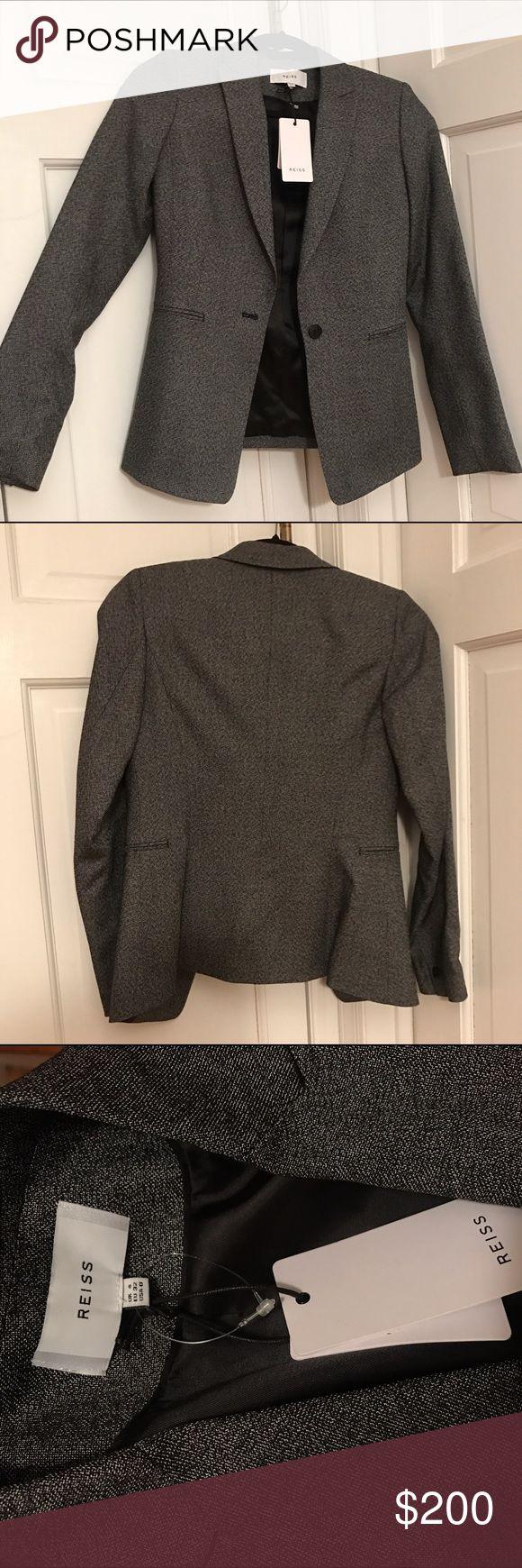 Reiss Dark Grey Blazer USA 0 Brand New W Tags Reiss Dark Grey Blazer USA 0 Brand New W Tags. ABSOLUTELY FLAWLESS BLAZER 😍 Reiss Jackets & Coats Blazers