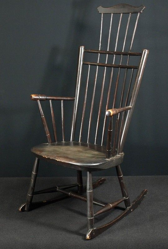 Comb Back Windsor Rocking Chair For Sale | Antiques.com | Classifieds