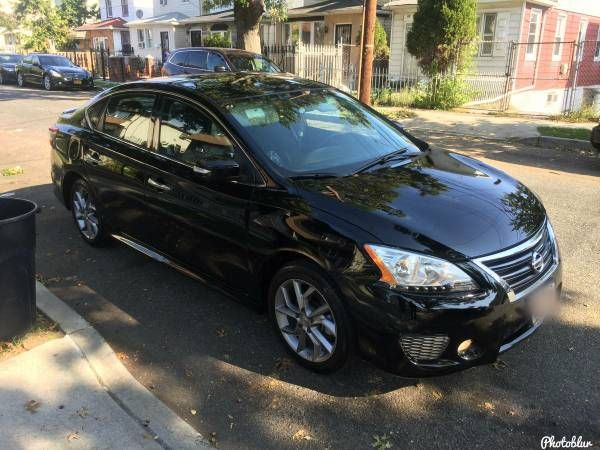2015 Nissan Sentra SR with only 10,000 Miles. Mint!
