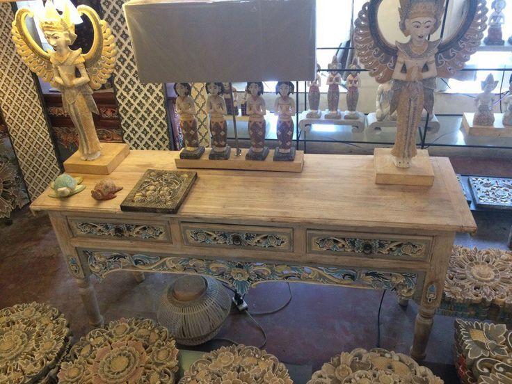 Декор, мебель и изделия из камня с острова Бали