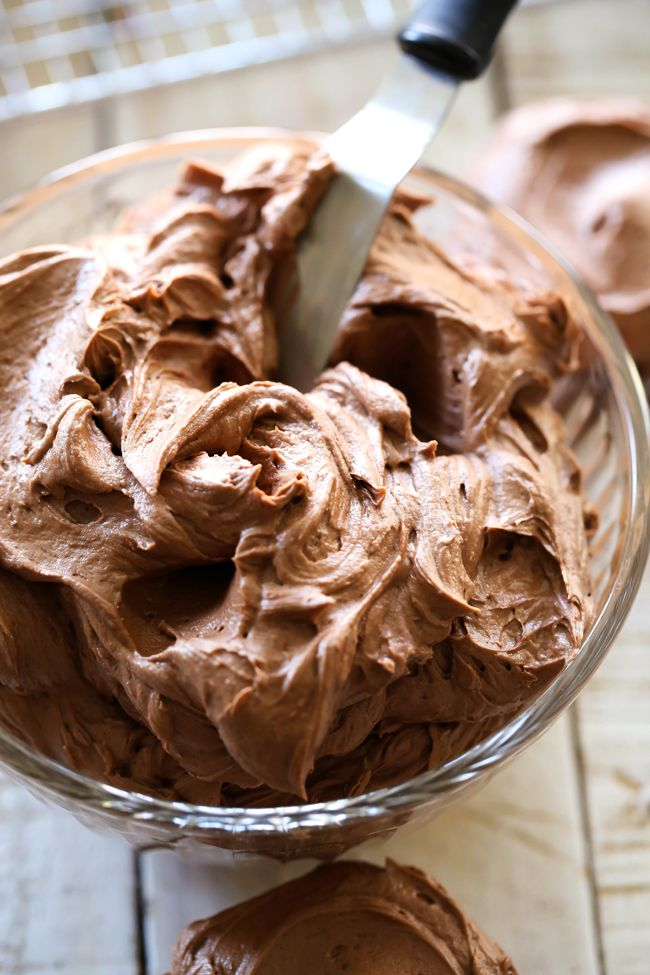 Perfect Chocolate Buttercream Frosting | Chef in Training | Bloglovin