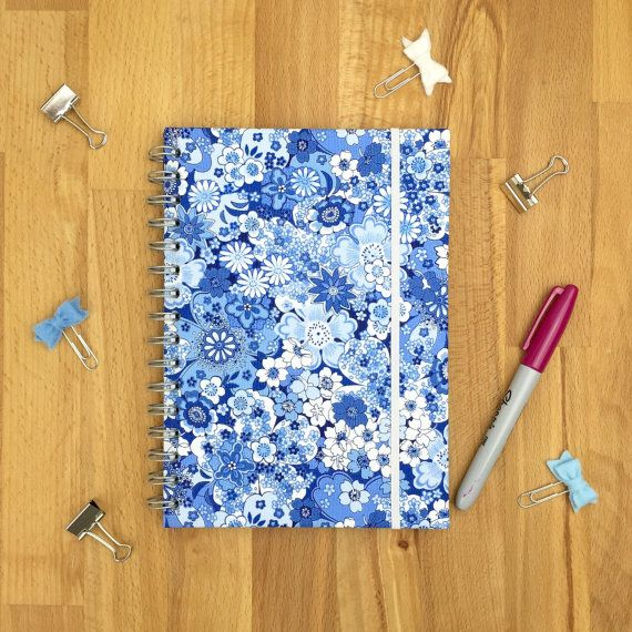 Floral school planner  2015-2016 academic diary  by Hertsdale