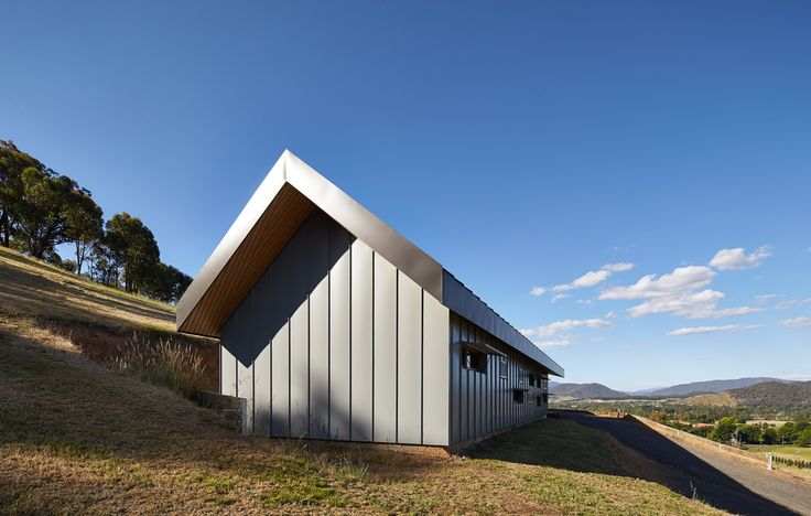 Myrtleford House Raidstudio 1.jpg