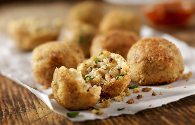 Croquetas de quinoa - Recetas con quinoa: la beneficiosa semilla de moda - Y, por si aún creías que existían recetas a las que no les sentaba bien la quinoa, estate atenta a nuestras croquetas elaboradas con esta semilla. Ese placer tan nuestro...