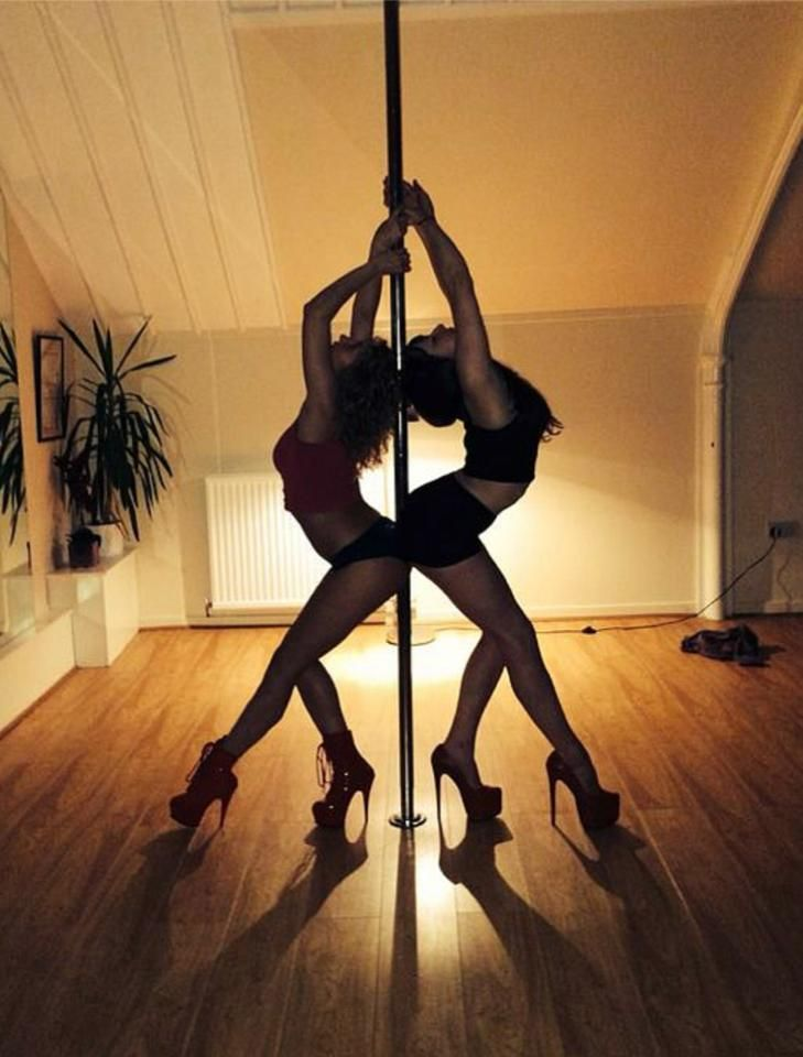 how to pole dance with sweaty hands