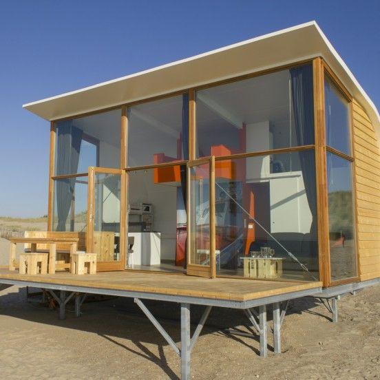 Strandslaaphuisjes in Groede - Zeeuws Vlaanderen - daar waar het leven gevierd wordt!