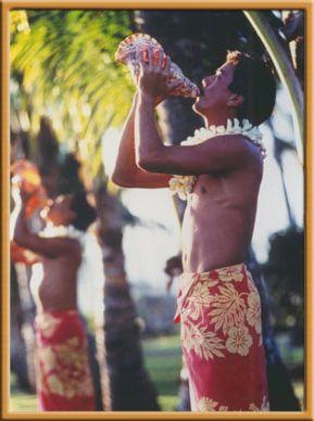 Hawaiian Seashell Wedding Horns, Tropical Island Beach Celebrity Weddings Traditions