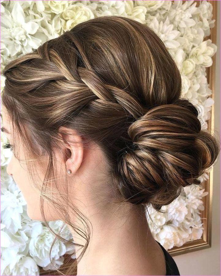 Unique Hairstyle Bridesmaid 15 Ceplukan In 2020 Short Hair Updo Braids For Short Hair Updos For Medium Length Hair