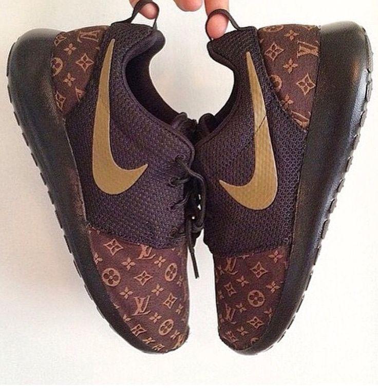 Nike rosherun louis vuitton