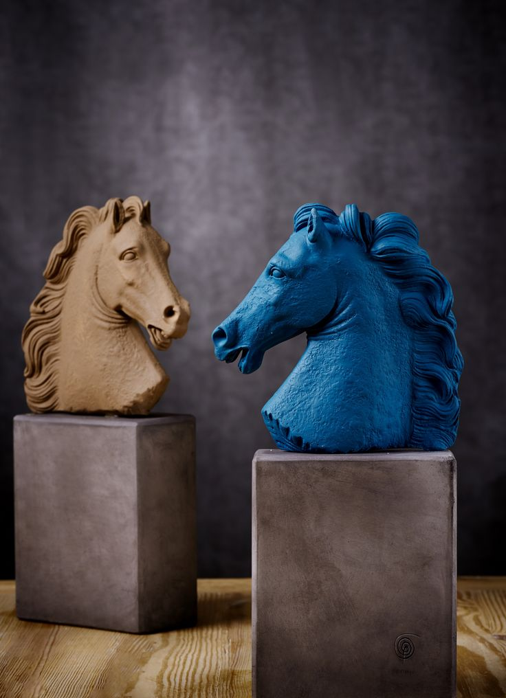 Horse Head. Material: Ceramine. Color: Burnt & Deep Blue.