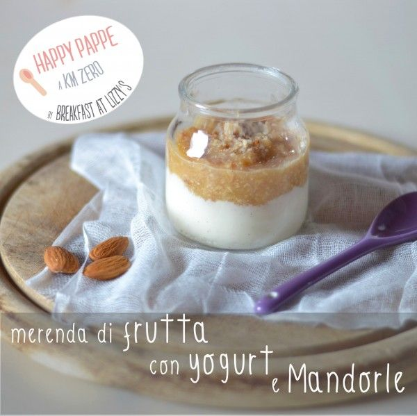 Ricette svezzamento: merenda di frutta con yogurt e mandorle