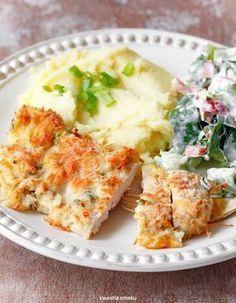 Filety z kurczaka pieczone w musztardzie i tartym serze