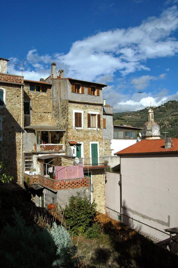 San Biagio della Cima (IM), centro storico, uno scorcio